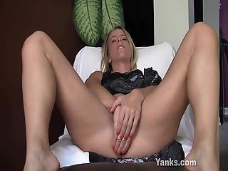 Yanks Skyla S Butt Plug Fun