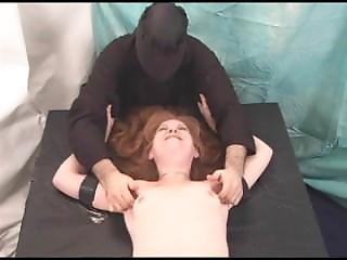 Milf, Torture