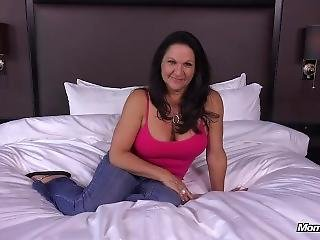 anal, duże cycki, śmietanka, sperma wewnątrz, milf