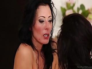 Zoey Holloway And Veronica Avlul - Girls Kissing Girls