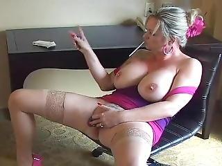 Mandy Smoking Dildo