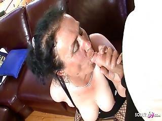 Owłosione anal babcia porno