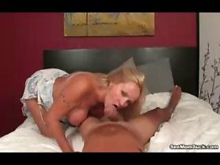 Horny Milf Gets Excited To See Bigdicked Guy Sleeping Naked