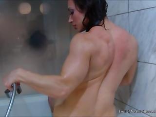 Eroticmusclevideos Smooth Showing And Brandimae S Hardbody