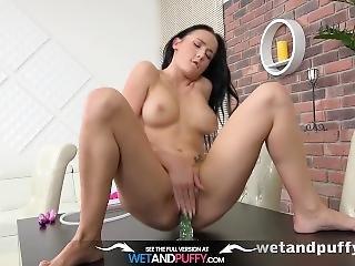 Wetandpuffy - Big Juicy Pussy