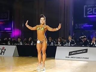 Posing From A Korean Fbb Competitor