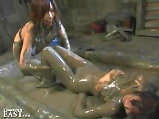 Japanese Femdom Mud Wrestling   Strange But True%21