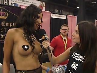 Skin Diamond & Sadie Santana At Exxxotica 2015 With Pornhub Aria Pornhubtv
