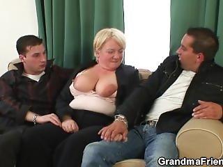 ξανθιά, Granny, ώριμη, πραγματικότητα, τριο, νέα