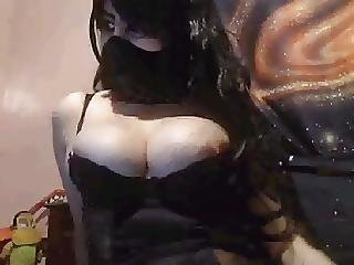 Moroccan Whore Wearing Hijab Showing Off On Cam