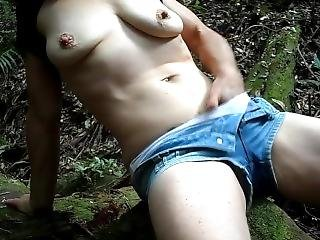 Amateur Milf Masturbates In The Rainforest - Orgasms