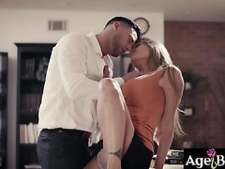 Dojrzałe Sex oralny sekretarka