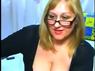 Hotbust S Webcam Show Feb 14