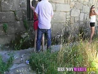 Dogging En Pleno Dia De Dos Parejas Una Madura Y Otra Joven De Brunoymaria