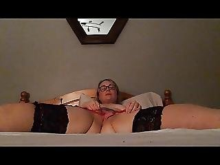 32yo british exgf wanks her pussy and cums on camera 1