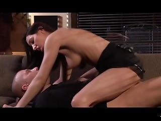 Xxxshades - Felicia Kiss Gets Her Muff Eaten By Thomas Stone