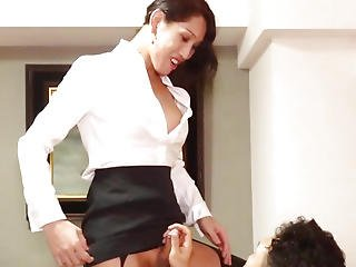 Dilettante Newhalf Fucked Right Into An Asshole In Nylons