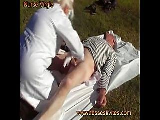 Nurse Virgie Change Un Gros Bebe