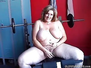 Gorgeous Large Billibongs Old Spunker Wants U Were Fucking Her