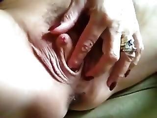 Feuchte Klitoris