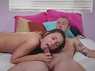 Jaye Summers Gives Head And Gets Banged