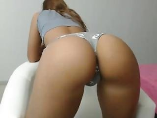 Hot Moniqueeass Fingering Herself On Live Webcam - 6cam.biz