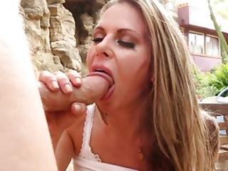 Rachel Roxxx Gives An Old Guy A Special Treat For Telling Her A