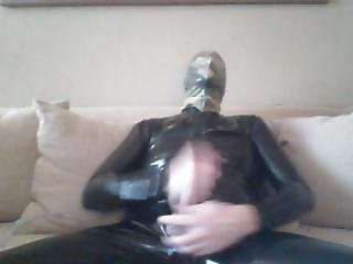 Breathplay In Latex Catsuit With Big Balloon On Head