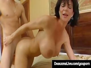 Texas Cougar Deauxma Gets Nice Hard Juicy Wet Ass Pounding