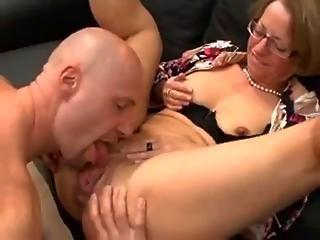 nagy mell anya pornó filmek