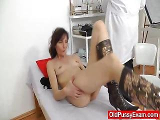 Cougar Anula Takes A Shocking Penetration