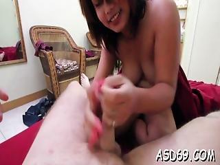 Thai Girl Treats A Dude Nicely
