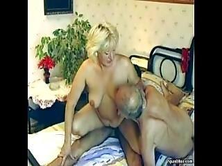 bbw, blondine, blasen, mollig, ladung, grossmutter, omi, haarig, harter porno, Reife, mutter, alt, dreier