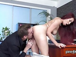 Charming Peach Gets Her Wet Twat Complete Of Warm Pee And Bursts