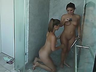 Serena Blair And Presley Hart Are Having A Sensual Shower!