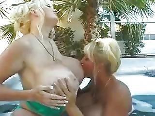 큰 가슴, 얼간이, 거유, 가슴이 엄마, 레즈비언, 성숙한