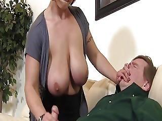 garndes mamas, grandes mamas, mamas, ejaculação, femdom, punheta, hardcore