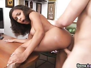 Firm-bodied Ebony Nicole Bexley Is Ready For Hard Office Sex