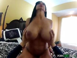 Porngoespro - Jewels Jade Is Fucked By A Big Dick, Big Booty And Big Ass
