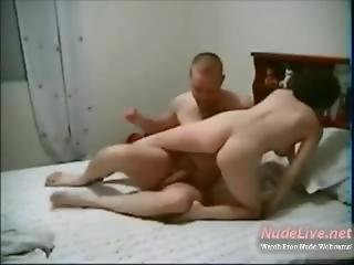 Very Hot Amateur 19yo Teen Coupe Fucking Passionately On Webcam