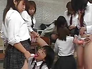 Femdom, Gangbang, Sexe En Groupe, Japonaise, Gangbang Inversé, école, Sexe, Gode à Courroie