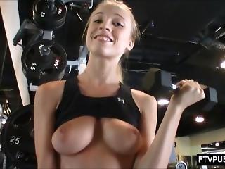 Risky In Public Gym
