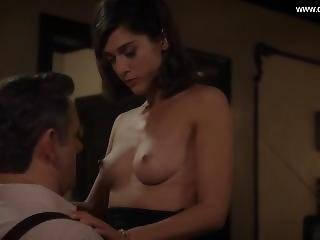 Lizzy Caplan - Perky Boobs, Topless - Masters Of Sex S02e10 (2014)