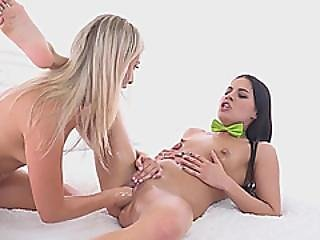 Slim Brunette Eveline Dellai Fisted By Blonde Lesbian Cayla Lyons