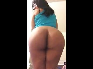 Phat Black Ass Clapping Loud