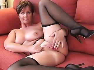 Czarna dziewczyna pieprzy białego faceta porno