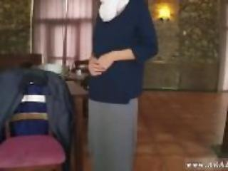 Arab outside Hungry Woman Gets Food and Fuck