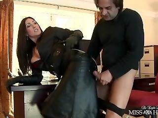 Fetish Lady Gifs A Blowjob In Leather Gloves