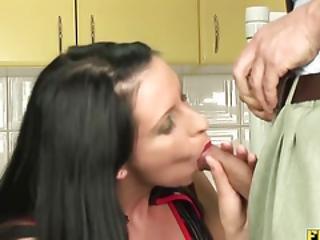 anal, cul, pipe, brunette, éjaculation, deepthroat, dans la tête, filet de pêche, nique, poilue, chatte poilue, branlette, hardcore, latex, milf, maman, chatte, brusque, sexe, grande