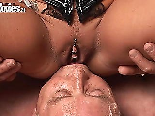 Perverted And Way-out Act With Face Ding-dong Sextoy And Wazoo Licking